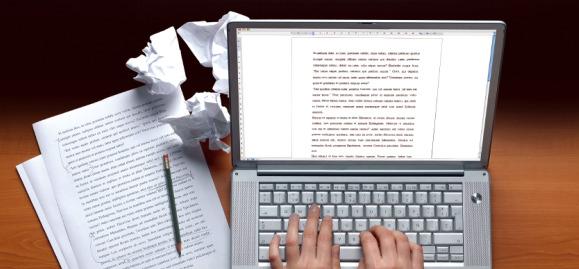 laptop-writing-579